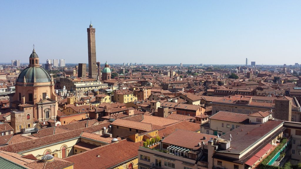 immagine volumi compravendite immobiliari Bologna